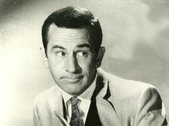 13 de Abril - 1923 — Don Adams, ator norte-americano (m. 2005).