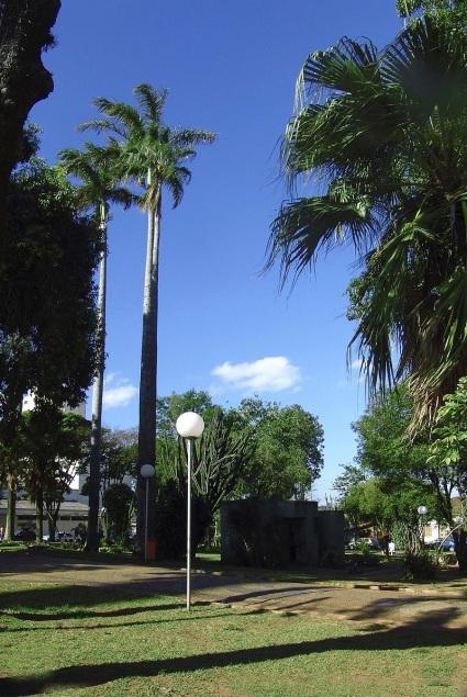 14 de Abril - Praça Rubião Júnior, em Botucatu, São Paulo.