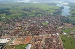 15 de Abril - Iacanga é um município brasileiro do estado de São Paulo.