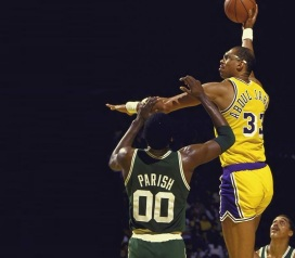 16 de Abril - 1947 - Kareem Abdul-Jabbar, jogador de basquete estadunidense.