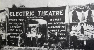 2 de Abril - 1902 — É inaugurado em Los Angeles a Electric Theatre, a primeira sala de cinema dos Estados Unidos.
