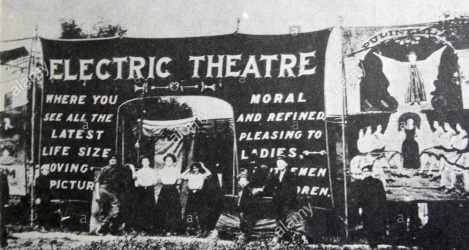 2 de Abril - 1902 — É inaugurado em Los Angeles a Electric Theatre, a primeira sala de cinema dos Estados Unidos.