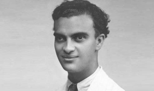 2 de Abril - 1910 — Chico Xavier, médium, filantropo e um dos mais importantes expoentes do Espiritismo.