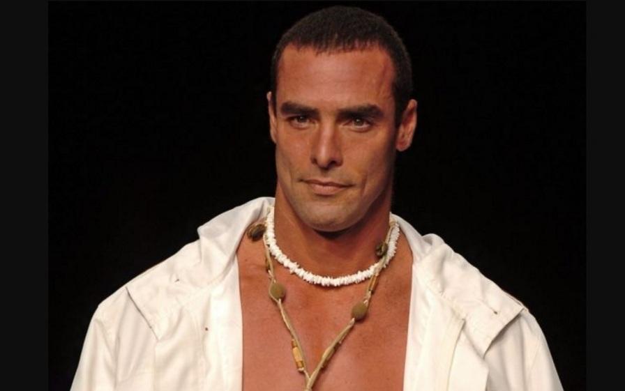 2 de Abril - 1963 — Paulo Zulu, ator, apresentador e modelo brasileiro.