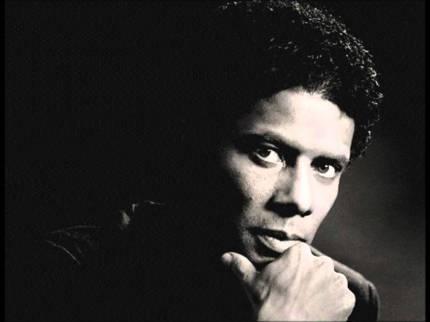 2 de Abril - 1964 — Gregory Abbott, cantor, compositor e produtor musical norte-americano.