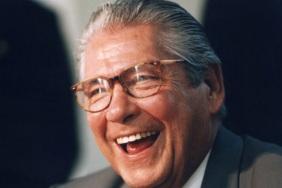 21 de Abril - 1930 – Mário Covas político brasileiro (m. 2001).