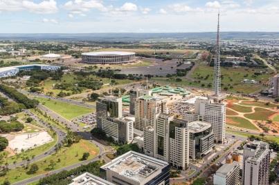 21 de Abril - Setor Hoteleiro Sul da cidade - Brasília — DF.
