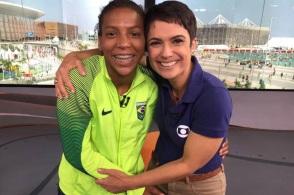 24 de Abril - 1992 - Rafaela Silva, judoca, medalhista olímpica, brasileira com Sandra Annenberg, nas Olimpíadas do Rio 2016.