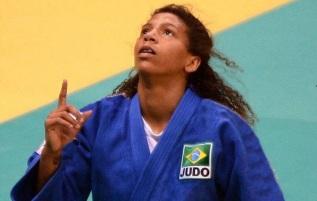 24 de Abril - 1992 - Rafaela Silva, judoca, medalhista olímpica, brasileira.