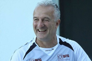 25 de Abril - 1962 — Dorival Júnior, futebolista e treinador brasileiro de futebol.