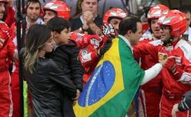 25 de Abril - 1981 — Felipe Massa, piloto brasileiro de Fórmula 1 - homenagem da Ferrari em sua primeira despedida.