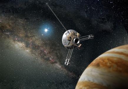 25 de Abril - 1983 — Pioneer 10 viaja além da órbita de Plutão.