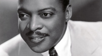 26 de Abril - 1984 — Count Basie, músico e compositor de jazz norte-americano (n. 1904).