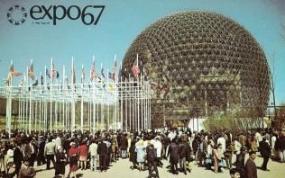 27 de Abril - 1967 — Inauguração oficial da Expo 67 em Montreal, Quebec, Canadá com uma grande cerimônia de abertura transmitida para todo o mundo. É aberta para o público no dia