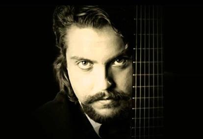 27 de Abril - 1995 — Raphael Rabello, violinista e compositor brasileiro (n. 1962).