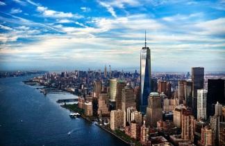 27 de Abril - 2006 – Início da construção do Freedom Tower no local do antigo World Trade Center na cidade de Nova Iorque.