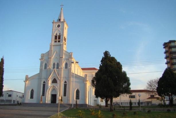 28 de Abril - Lençóis Paulista - SP - Igreja Matriz de N. Sra. da Piedade.