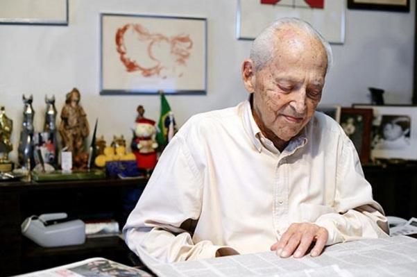 29 de Abril - 2007 —Octávio Frias de Oliveira, jornalista, editor e empresário brasileiro (n. 1912).