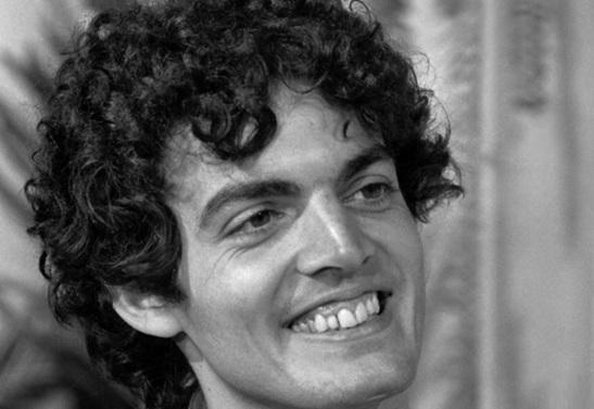 3 de Abril - 2010 — Buza Ferraz, ator brasileiro (n. 1950).