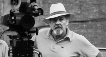 30 de Abril - 1897 — Humberto Mauro, cineasta considerado o 'Pai do Cinema Brasileiro' (m. 1983).