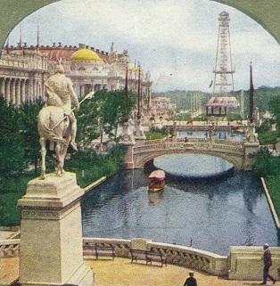 30 de Abril - 1904 — Inauguração da Exposição Universal da Louisiana, em St. Louis, Missouri. Lago Leste, estátua de São Luís, Palácios da Educação e mAnufatura e torre de te