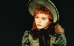 30 de Abril - 1982 — Kirsten Dunst, atriz norte-americana - Claudia, Interview with the Vampire.