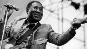 4 de Abril - 1913 — Muddy Waters, músico norte-americano (m. 1983).