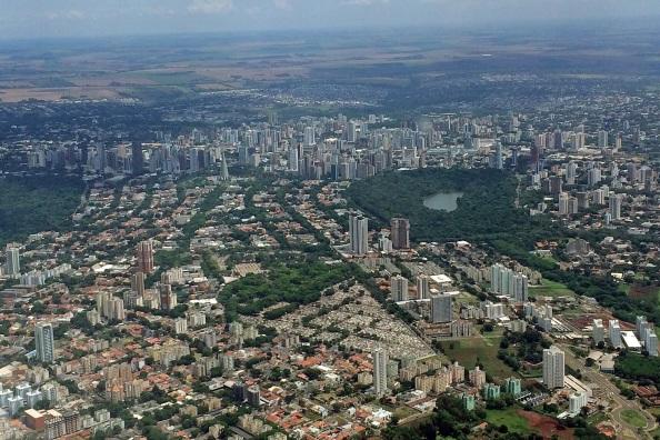 10 de Maio - 1947 - Maringá - PR - Fotografia aérea da cidade de Maringá.
