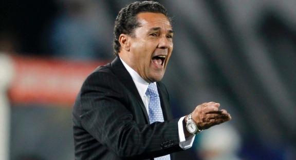 10 de Maio - 1952 – Vanderlei Luxemburgo, treinador brasileiro de futebol.