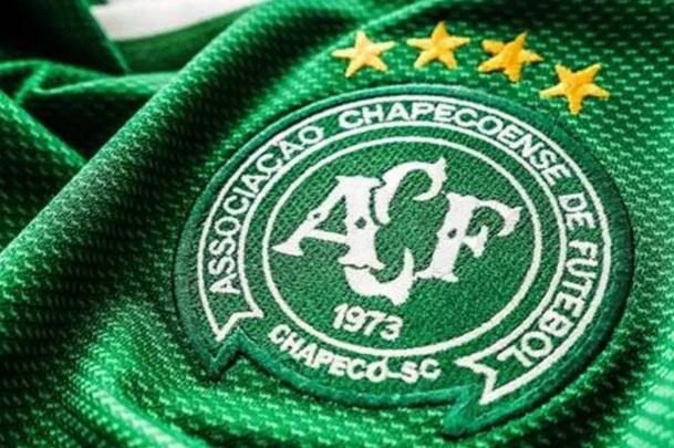 10 de Maio - 1973 – Fundação da Associação Chapecoense de Futebol (Chapecó, Santa Catarina, Brasil).