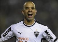 10 de Maio - 1985 — Diego Tardelli, futebolista brasileiro.