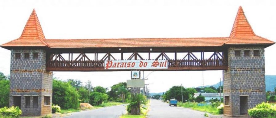 12 de Maio - Entrada da cidade Paraíso do Sul no Rio Grande do Sul.