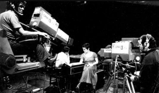 13 de Maio - 1967 – Entra no ar, em São Paulo, a TV Bandeirantes.