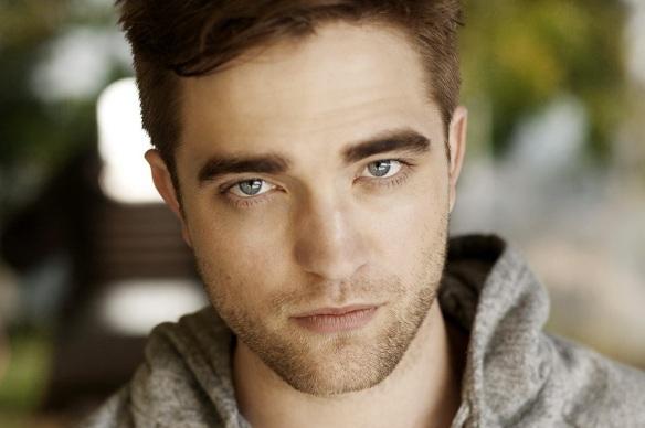 13 de Maio - 1986 — Robert Pattinson, ator e cantor britânico.