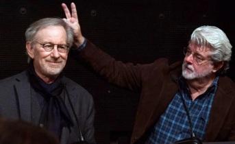 14 de Maio - George Lucas com o amigo e parceiro, Steven Spielberg, mais velhos.