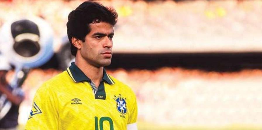15 de Maio - 1965 — Raí, futebolista brasileiro.