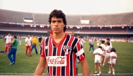 15 de Maio - 1965 - Raí - ex-futebolista brasileiro, em começo de carreira no São Paulo.