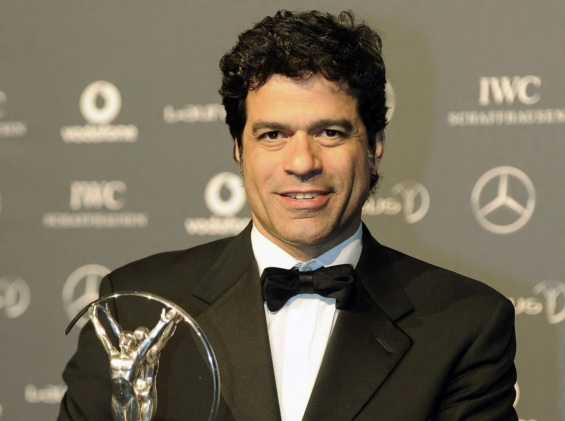 15 de Maio - 1965 - Raí - ex-futebolista brasileiro, em premiação.