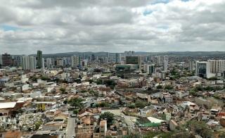 18 de Maio - Vista parcial de Caruaru a partir do Monte Bom Jesus em setembro de 2016 - Caruaru (PE) 160 Anos.