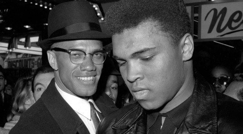 19 de Maio - 1925 – Malcolm X com Muhammad Ali.