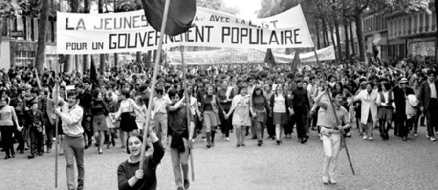 2 de Maio - 1968 — França — início das manifestações estudantis de Maio de 1968.