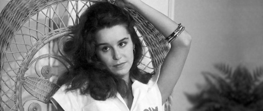 20 de Maio - Lucélia Santos na novela Locomotivas, de 1977.