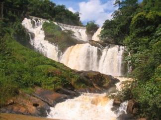 21 de Maio - Cachoeira - Tombos (MG) 165 Anos.