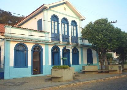 21 de Maio - Hotel Serpa - Tombos (MG) 165 Anos.