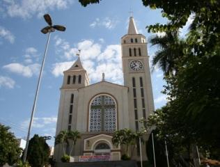 22 de Maio - Igreja Matriz — Pederneiras (SP).