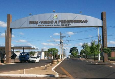22 de Maio - Pórtico da ciade — Pederneiras (SP).