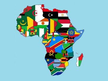 25 de Maio - Dia da África - Mapa da África com bandeiras.