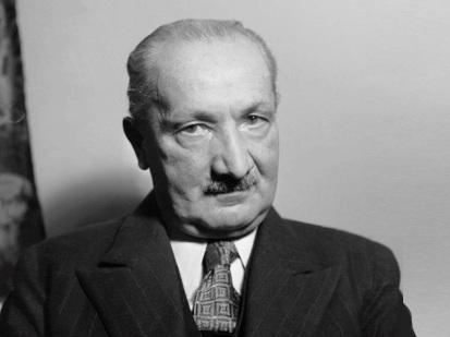 26 de Maio - 1976 — Martin Heidegger, filósofo alemão (n. 1889).