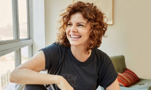 29 de Maio - Debora Bloch (Belo Horizonte, 29 de maio de 1963), atriz e produtora brasileira, de teatro, cinema e televisão.
