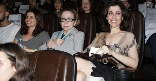 29 de Maio - Debora Bloch no teatro, com Fernanda Montenegro e Fernanda Torres.